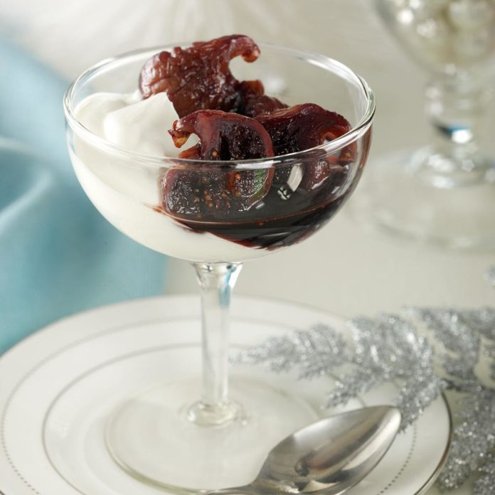 Spiced Figs Poached in Wine