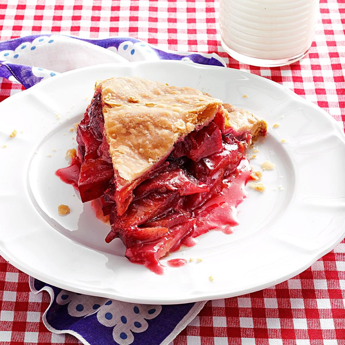 Pie with plums. Stunning Recipes