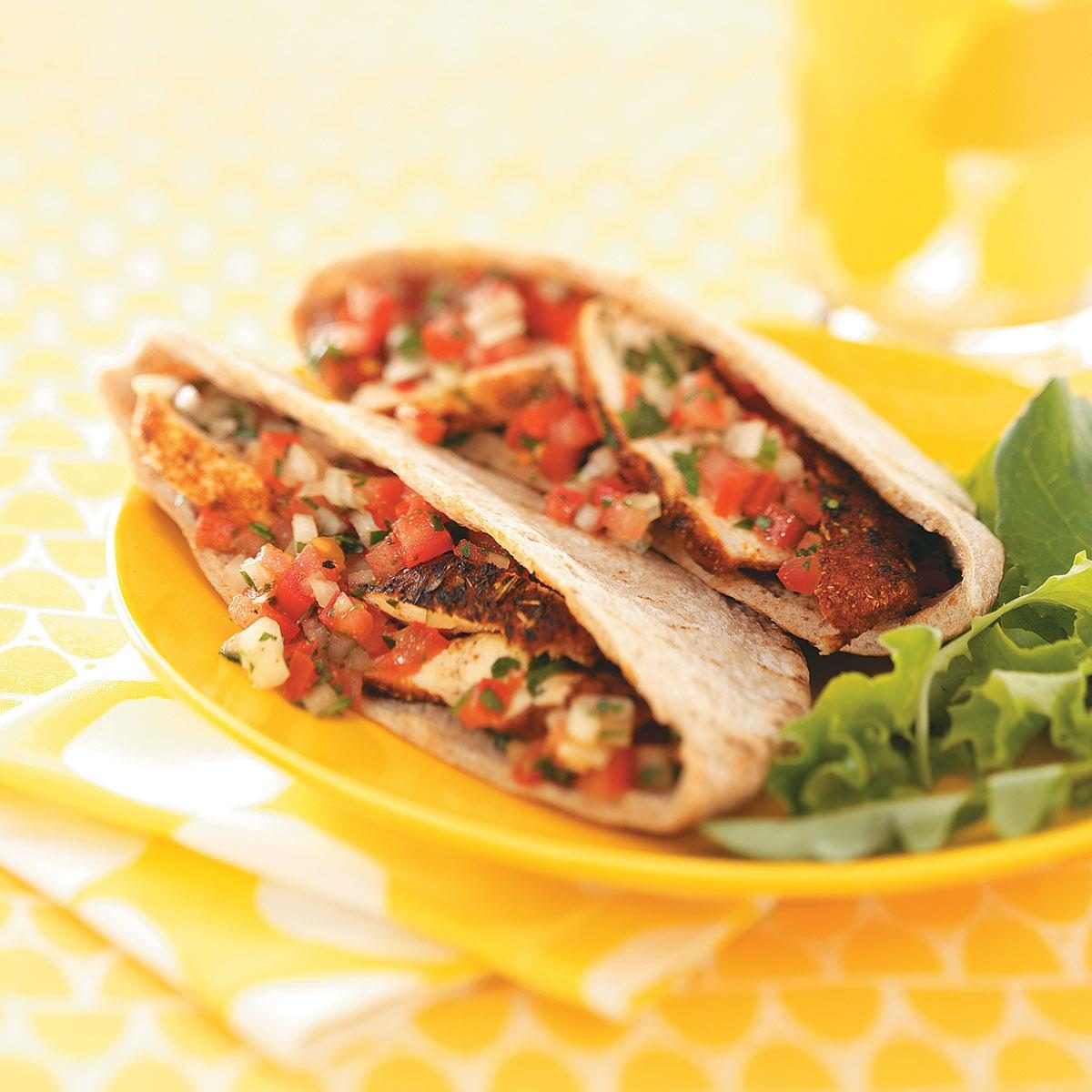 spicy chicken tomato pitas for two recipe | taste of home