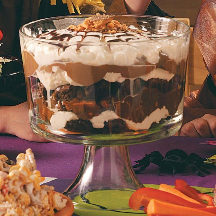 Spiderweb Brownie Trifle