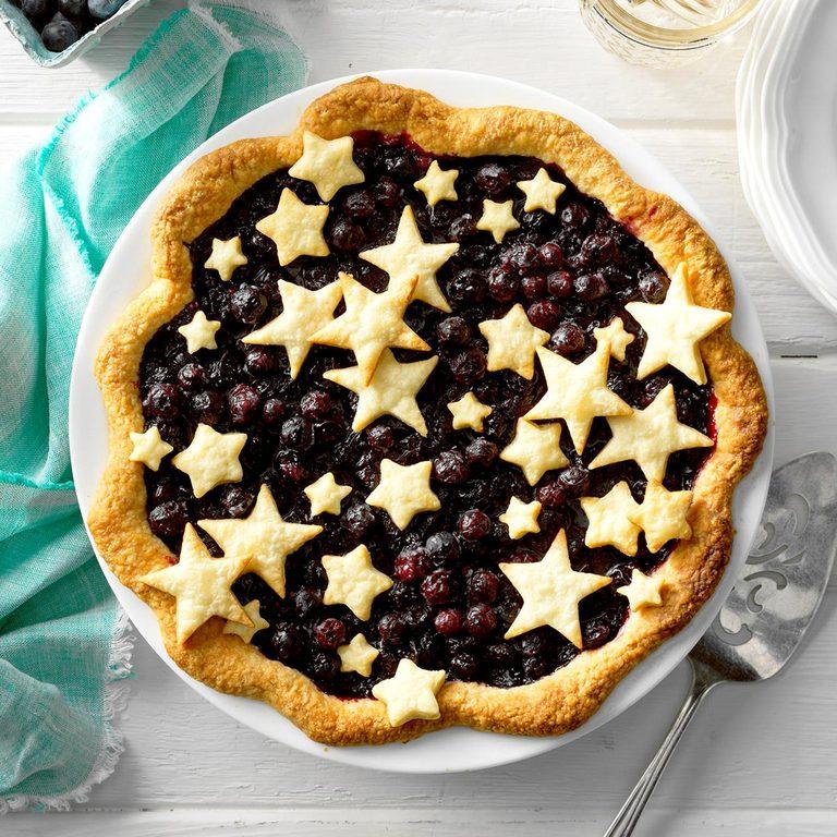 Star studded blueberry pie