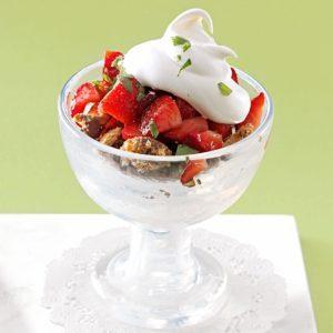 Strawberry Tarragon Crumble