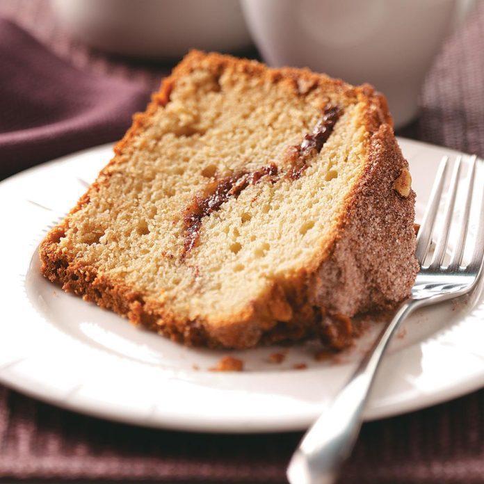 Streusel Nut Coffee Cake