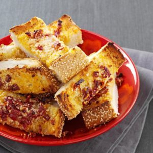 Sun-Dried Tomato Garlic Bread
