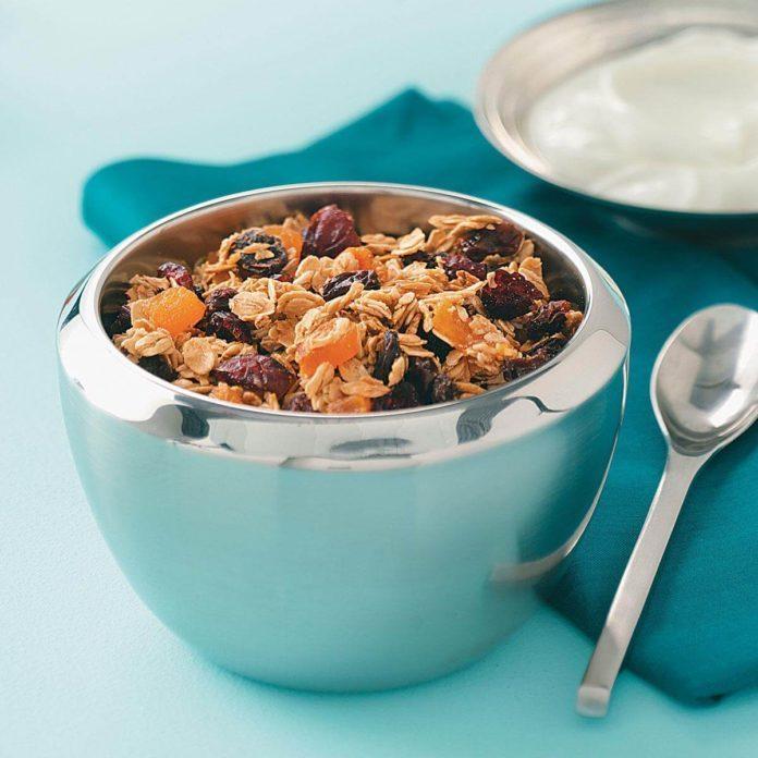 Super Low-Fat Granola Cereal