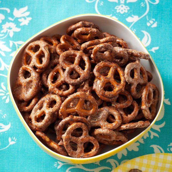 Sweet Chipotle Pretzels