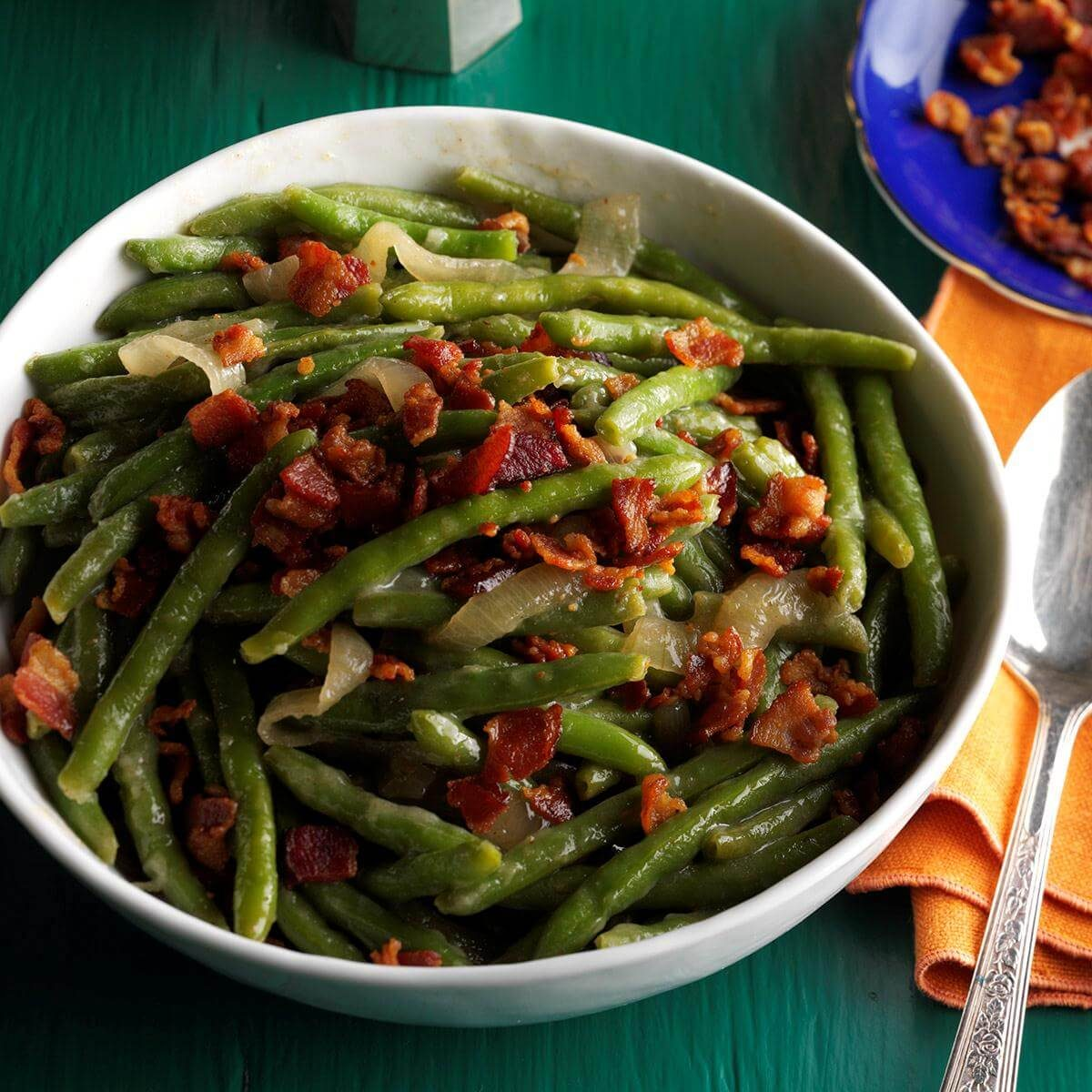 30 Side Dishes And Desserts To Try: Tangy Bacon Green Beans Recipe