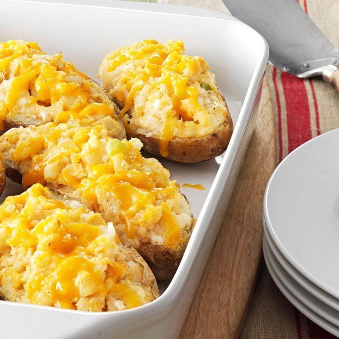 Tuna-Stuffed Baked Potatoes