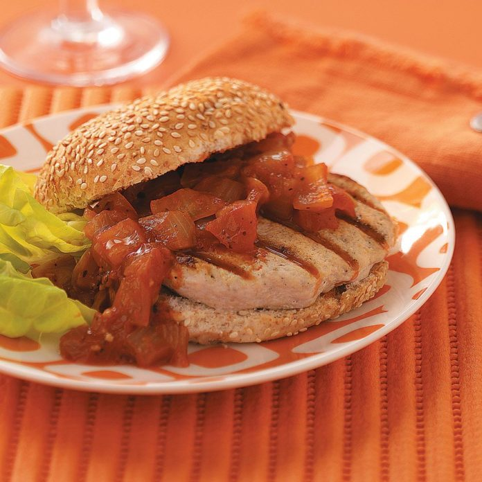 Turkey Burgers with Sweet Onion Relish