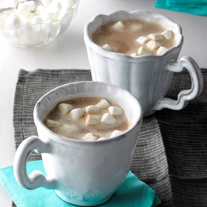 Vanilla almond hot chocolate