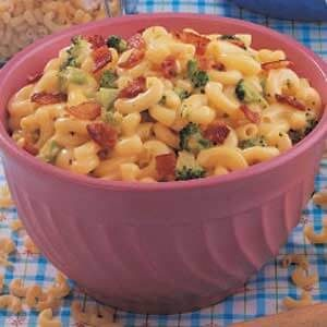 Cheesy Broccoli Macaroni