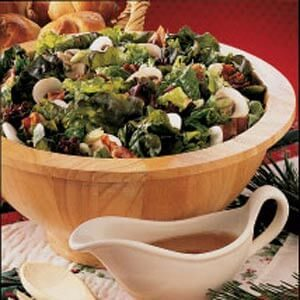 Lettuce Salad with Warm Dressing
