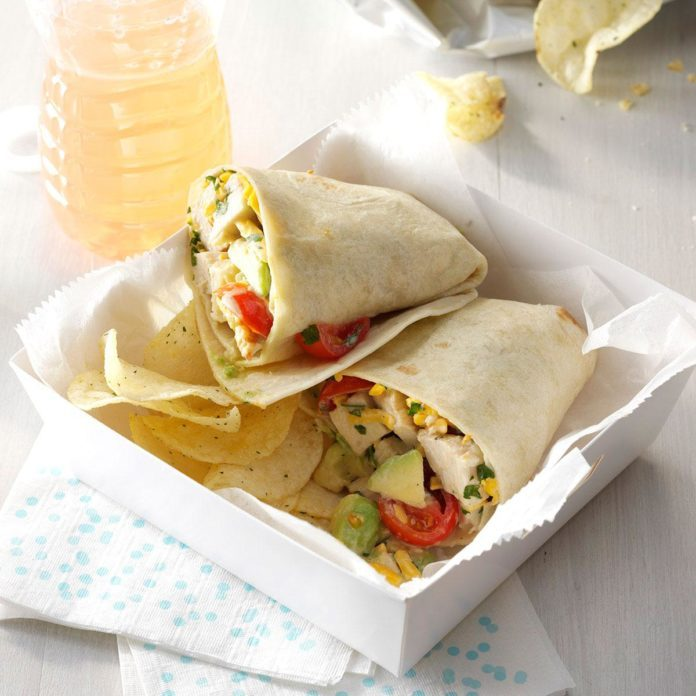 Avocado-Ranch Chicken Wraps