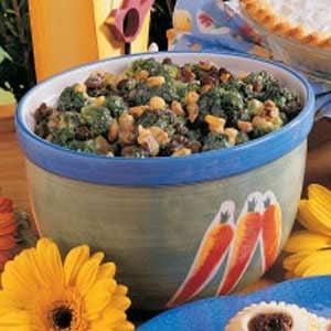 Raisin Broccoli Toss