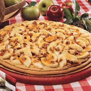 Caramel Apple Pizza