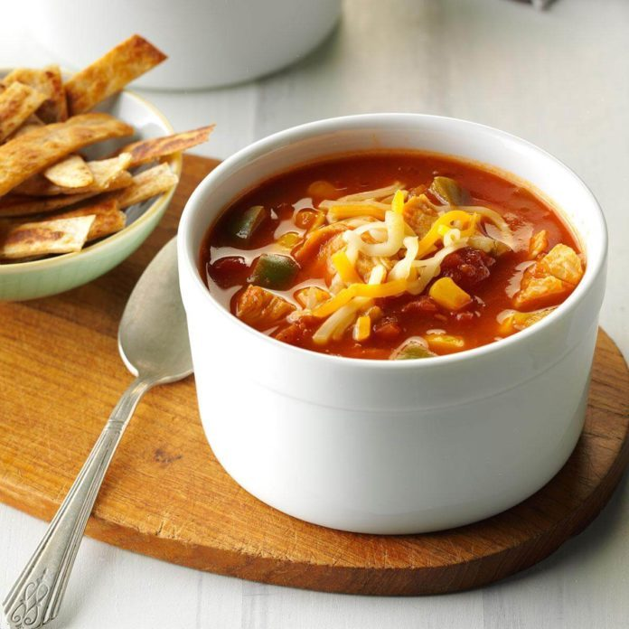 31 healthy comfort foods for people who love to eat taste of home these healthy comfort food recipes make it easy to eat better 1 31 turkey tortilla soup forumfinder Gallery