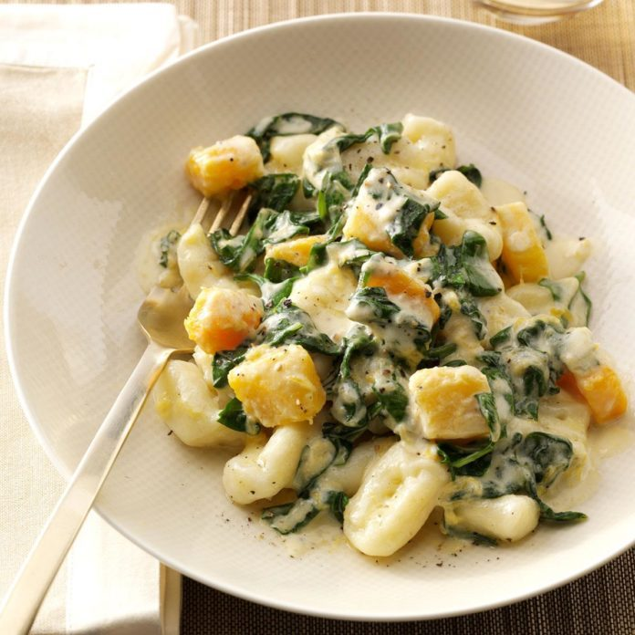Ricotta Gnocchi with Spinach & Gorgonzola