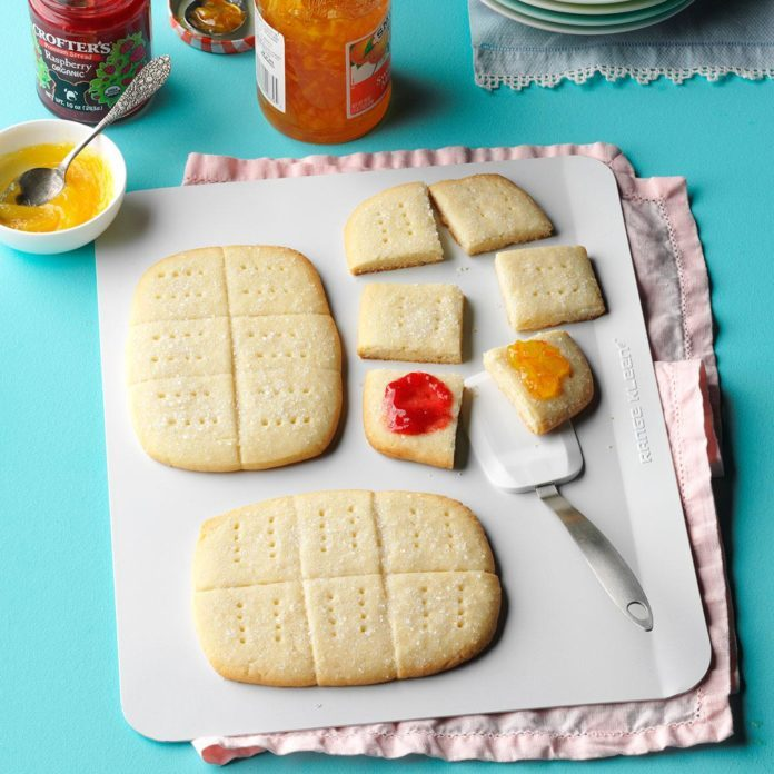 Crisp Lemon Shortbread