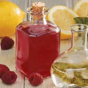 Sweet Raspberry Vinegar