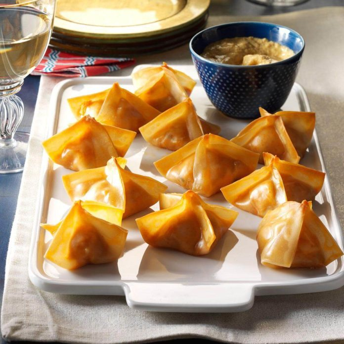 1969: Crab Rangoon