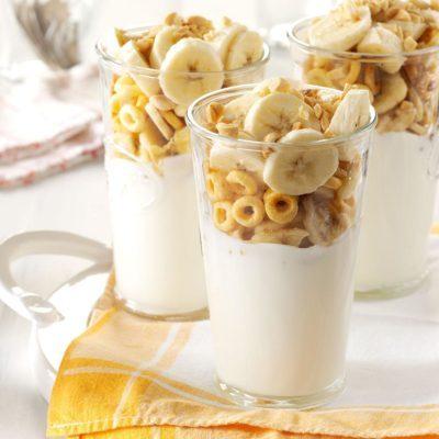 Peanut Butter Banana Yogurt Parfaits