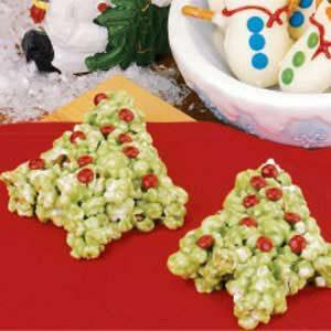 Popcorn Christmas Trees