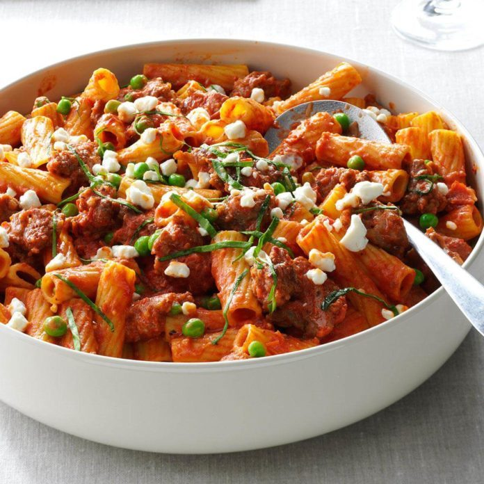 Rigatoni with Sausage & Peas