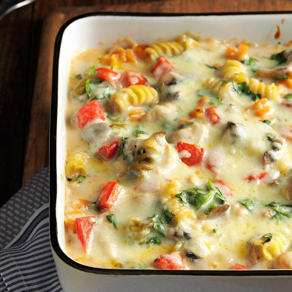 Ham Fettuccine Bake Recipe: Fontina Chicken & Pasta Bake Recipe