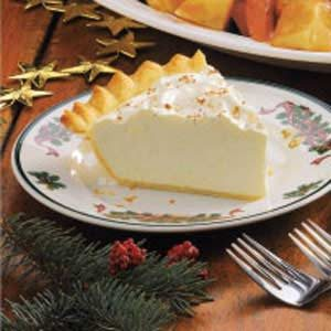 Homemade Eggnog Pie