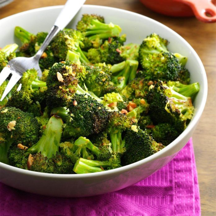 Vegan Lemon Pepper Roasted Broccoli