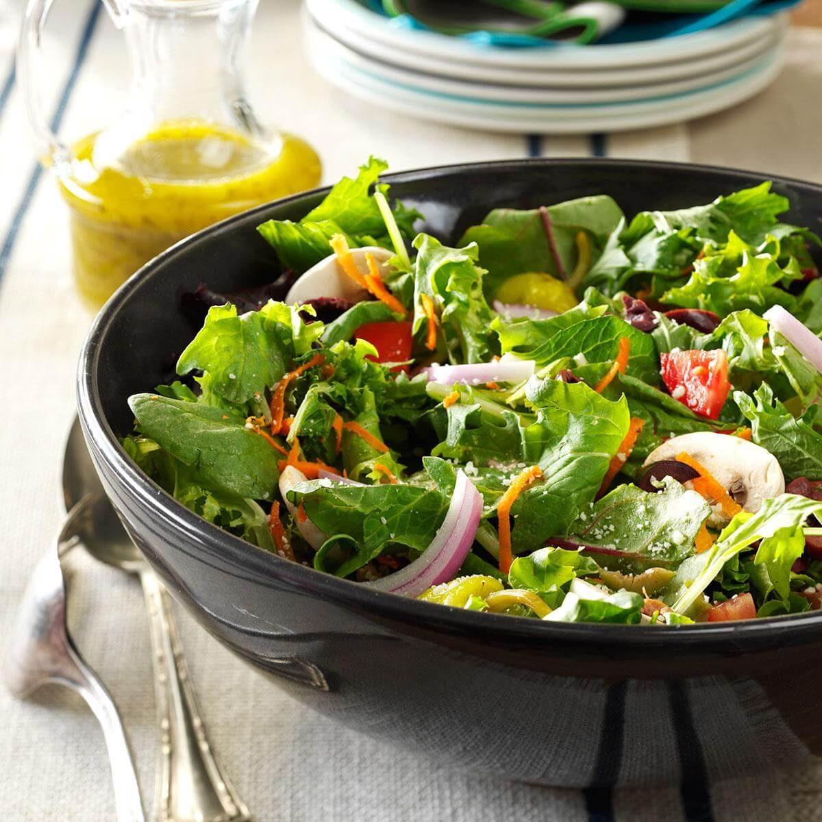 Italian salad with lemon vinaigrette recipe taste of home - Olive garden italian salad dressing recipe ...