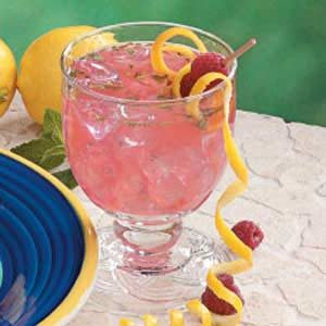 Minted Raspberry Lemonade