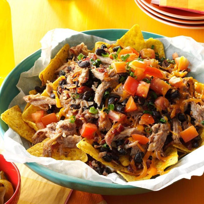 Hearty Pork & Black Bean Nachos