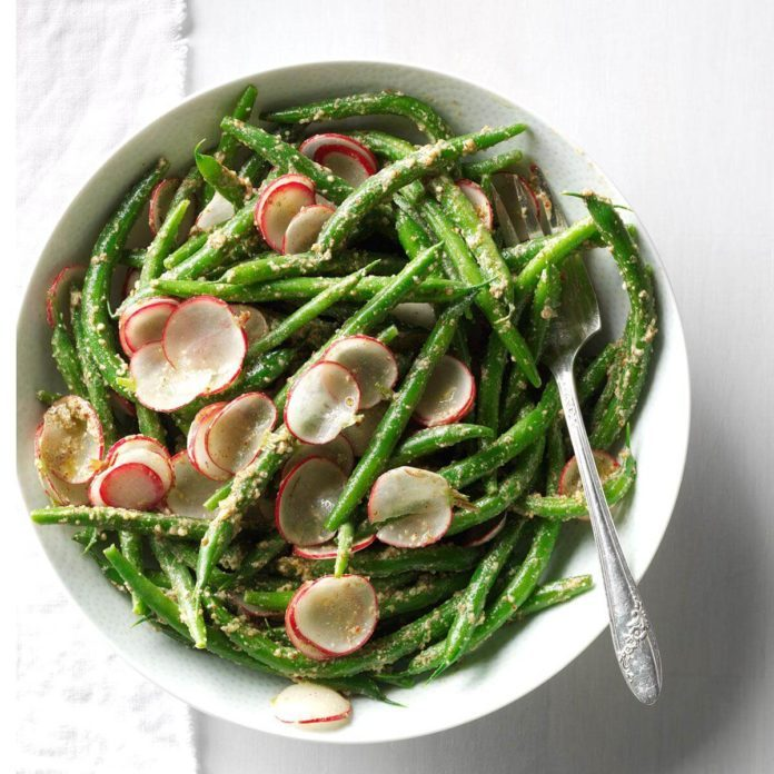 Green Beans and Radish Salad with Tarragon Pesto