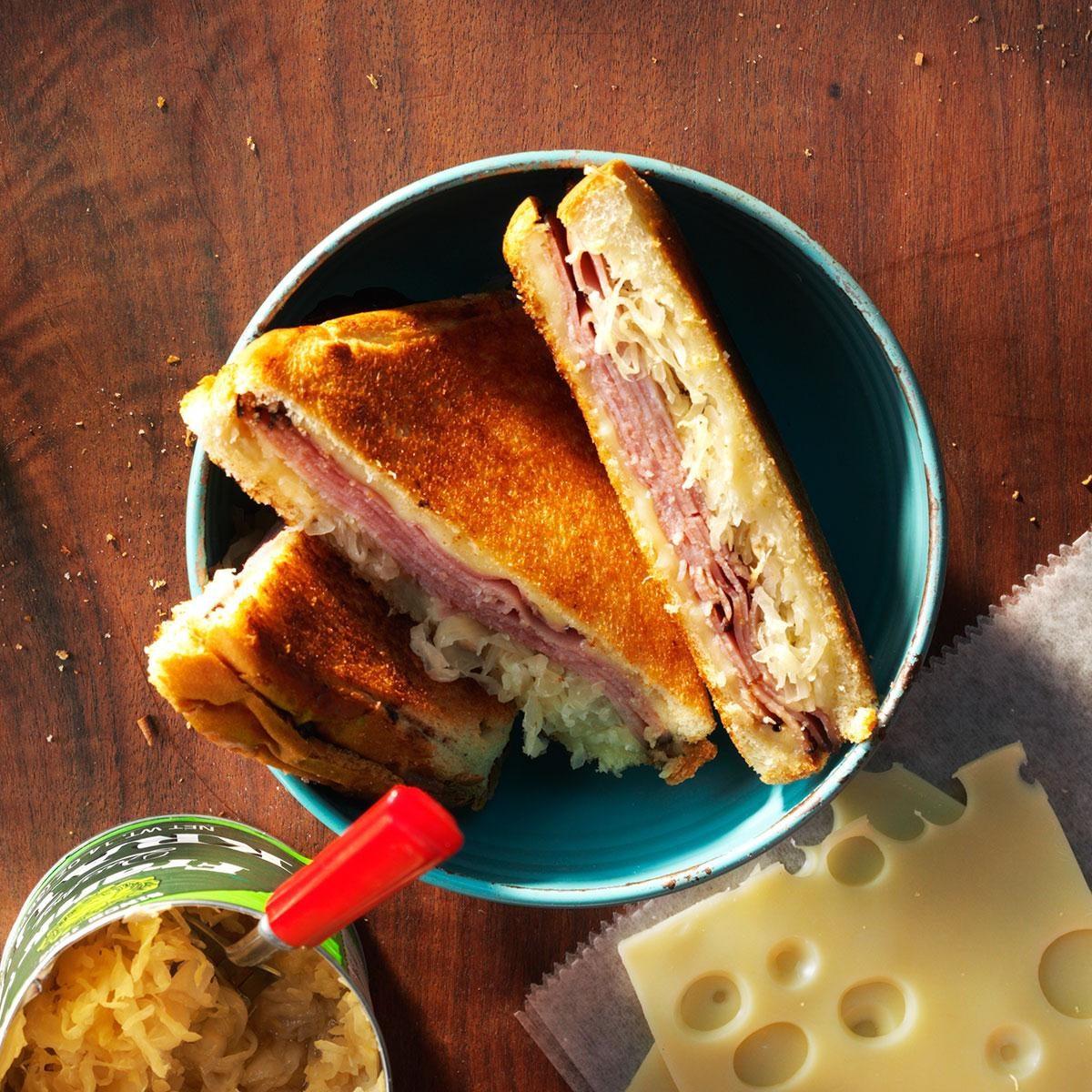 45 Easy Camping Recipes: Reuben Pudgy Pie Recipe