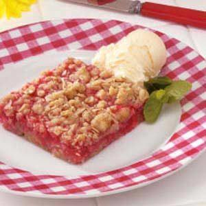 Rhubarb Oat Dessert