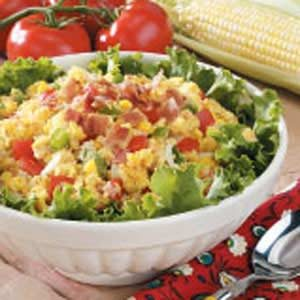 Fresh Corn Bread Salad