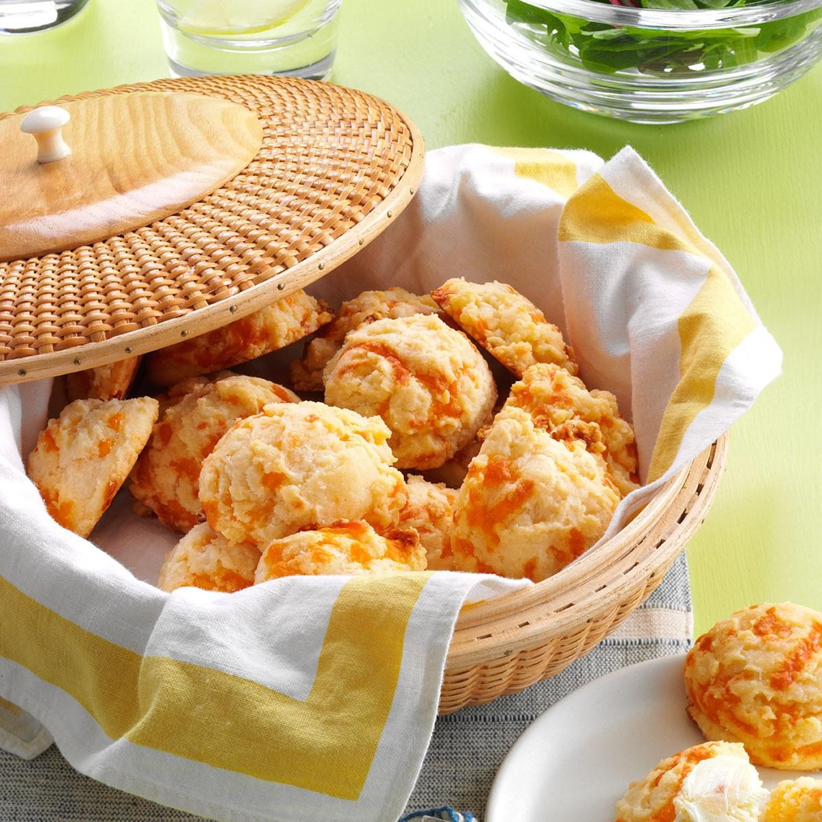 Easy Cheese Drop Biscuits Recipe