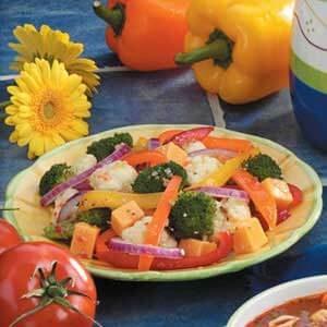 Robust Pepper Salad