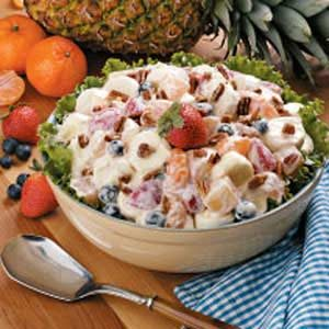 Favorite Marshmallow Fruit Salad