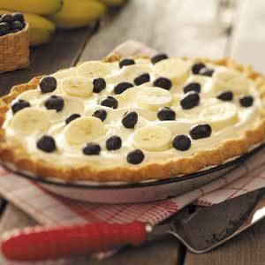 Creamy Banana-Berry Pie