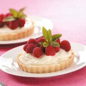 Raspberry Cream Tarts