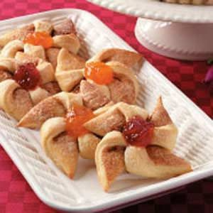 Fruit-Filled  Windmill Rolls