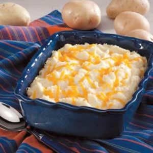 Contest-Winning Cheesy Potato Casserole