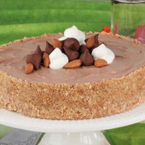 Chocolaty Almond Cheesecake