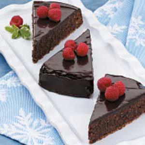 Fudgy Pecan Cake