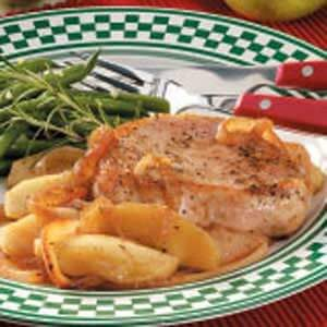 Apples 'n' Onion Topped Chops