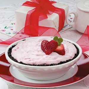 Amazing Strawberry Cream Pie