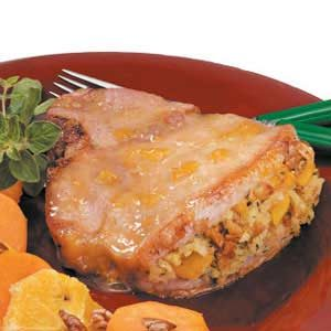 Peach-Stuffed Pork Chops