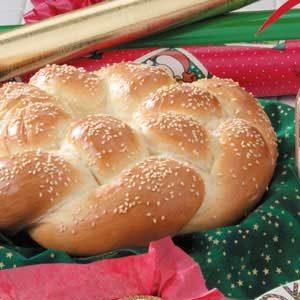 Braided Sesame Wreath